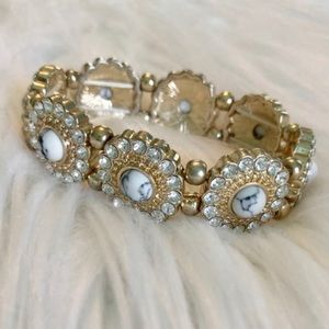 francesca's stretchy gold marble diamond bracelet